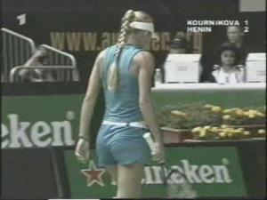 Anna Kournikova - Butt tight shorts