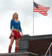 http://img109.imagevenue.com/loc238/th_86879_Smallville_10x03_Supergirl22_122_238lo.jpg