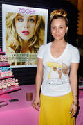 http://img109.imagevenue.com/loc499/th_917018292_Kaley_Cuoco_Zooey_Magazine_Launch_Party4_122_499lo.jpg