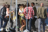 th_57904_Celebutopia-Gisele_Bundchen_at_a_photoshoot_on_the_beach_in_Santa_Monica-20_123_633lo - Les fesses de Gisele Bundchen