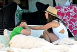 http://img109.imagevenue.com/loc733/th_97290_Jennifer_Love_Hewitt_-_poolside_at_her_hotel_in_Mexico_-_March_24_06_122_733lo.jpg